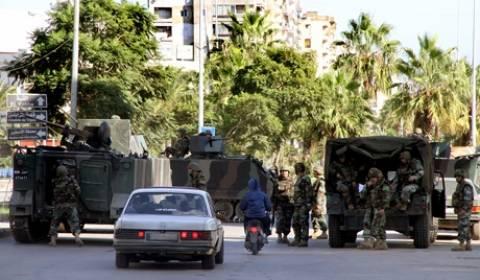 Στην Τρίπολη εξτρεμιστές άνοιξαν πυρ κατά των διαδηλωτών