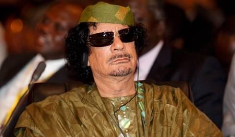 CIA: Ο Καντάφι προμήθευε τους «Αδελφούς Μουσουλμάνους» με όπλα