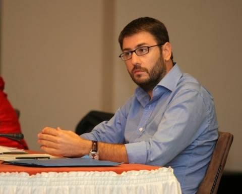 Ανδρουλάκης: Για τη Δημοκρατία χρειάζονται διαρκείς μάχες