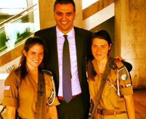 Ο Βασίλης Κικίλιας και οι... φανταρίνες του Ισραήλ!