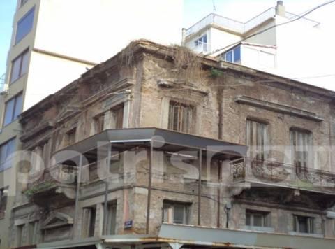 Ιστορικά κτίρια-φαντάσματα στην Πάτρα