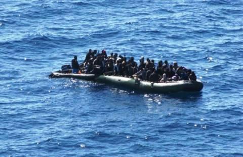Εντοπισμός 37 παράνομων μεταναστών σε φουσκωτό σκάφος στη Σάμο