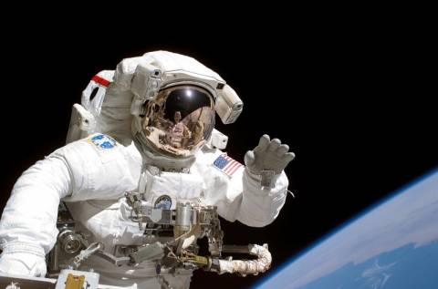 Οι δέκα σοβαρότερες απειλές για την υγεία στο... διάστημα! (βίντεο)