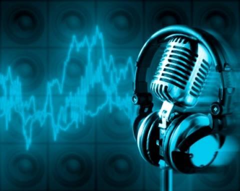 Σύντομα στον αέρα και τα «Παραπολιτικά FM»