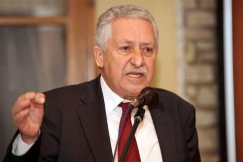 Κουβέλης: Πολιτική παρέμβαση από τον Τσίπρα, όχι «αποστασία» (vid)