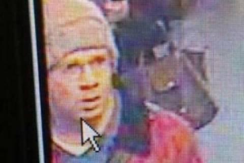 Αυτός είναι ο ένοπλος που σκόρπισε τρόμο στο Παρίσι