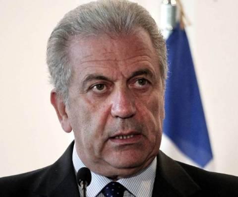 Αβραμόπουλος: Κοινή πολιτική σε Άμυνα και Ασφάλεια