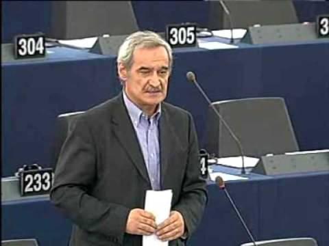 «Μετά την κατ' επίφαση Δημοκρατία από αύριο και κατ' επιφαση ανάπτυξη»