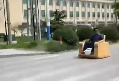 Δείτε το πιο τρελό όχημα που κυκλοφορεί! (βίντεο)