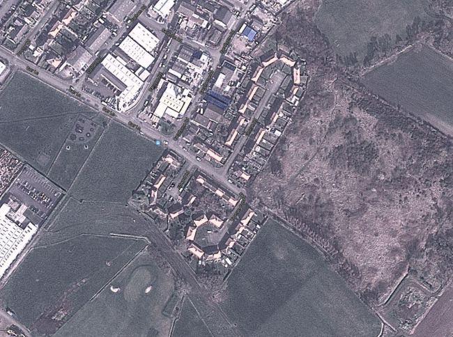 Έπαθαν ΣΟΚ όταν είδαν το σπίτι τους στο Google Earth και έμοιαζε με...