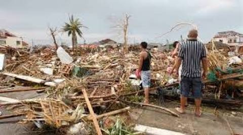 Φιλιππίνες: Ξεπέρασαν τους 5.200 οι νεκροί του τυφώνα