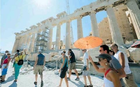 Μέχρι και 3,6 εκατ. Ρώσοι τουρίστες δύνανται να έρθουν στην Ελλάδα