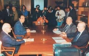 Πέρασαν 24 χρόνια από την οικουμενική κυβέρνηση Ζολώτα