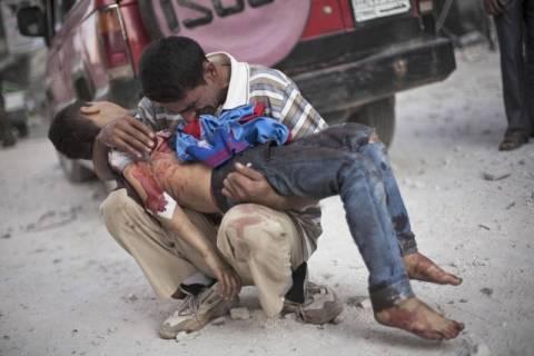 Φρίκη: Στο στόχαστρο ελεύθερων σκοπευτών παιδιά στη Συρία