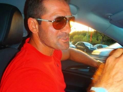 Αυτός είναι ο Θεσσαλονικιός που σφήνωσε τη Ferrari στα Ζαγοροχώρια!