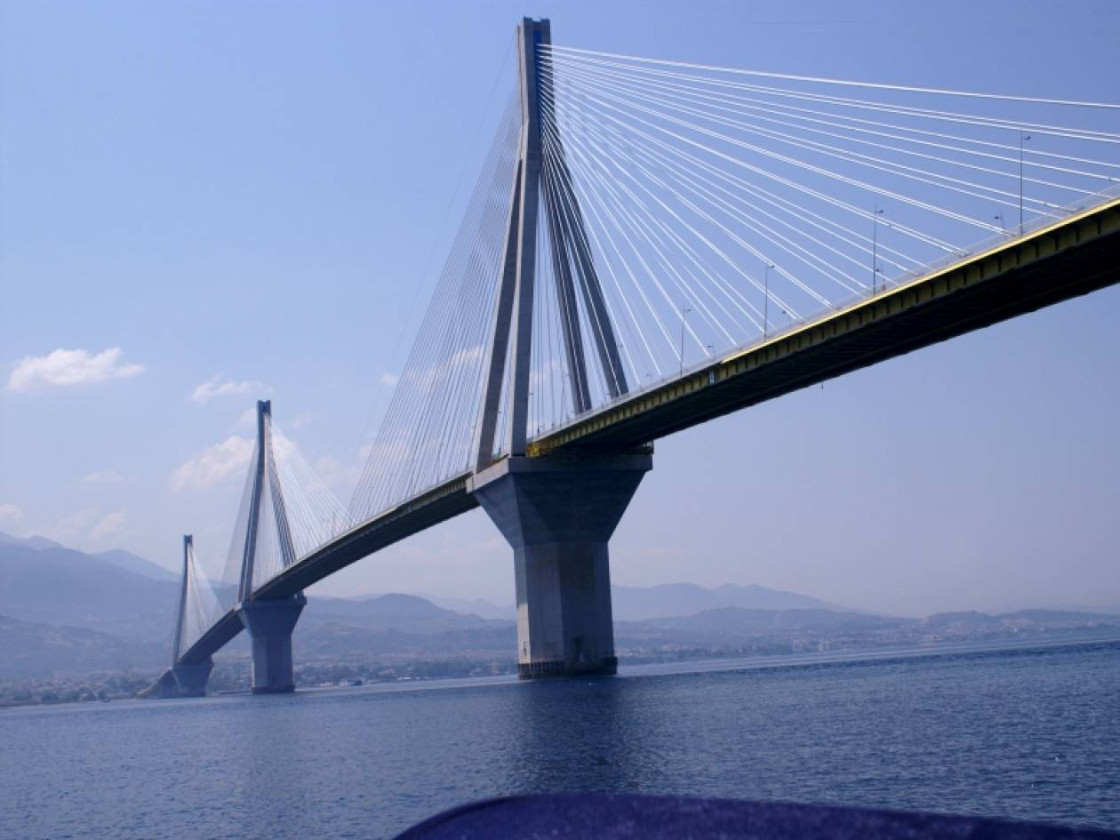 Συνεχίζεται το θρίλερ - Έπεσε από τη γέφυρα Ρίου-Αντιρρίου