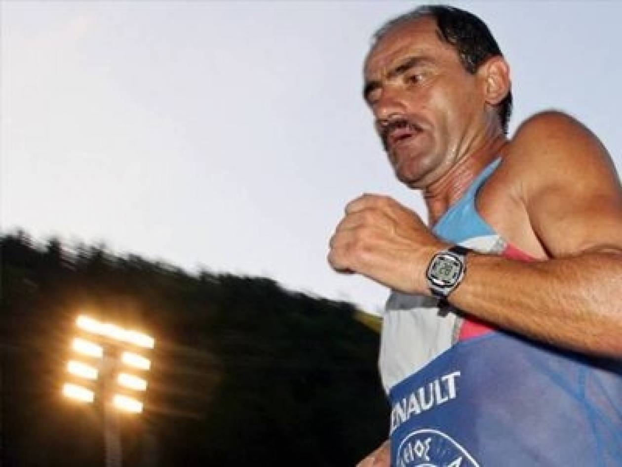 Χανιά: Ο υπερμαραθωνοδρόμος Γιάννης Κούρος έτρεξε για καλό σκοπό