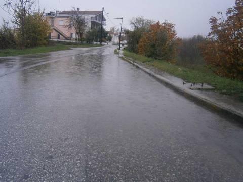 Τρίκαλα: Τυχερός μέσα στην ατυχία του 19χρονος εξαιτίας της... βροχής