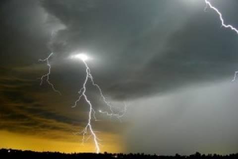 ΣΟΚ: Κεραυνός «χτύπησε» μαθητή στην Ηλεία