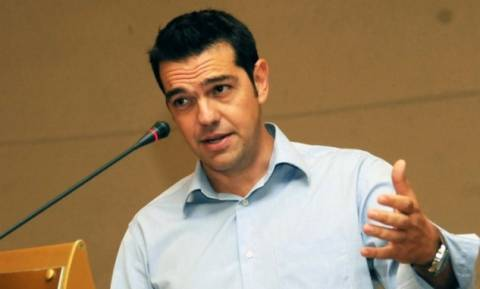Τσίπρας: Ποιον καλύπτει ο Σαμαράς για τα υποβρύχια;