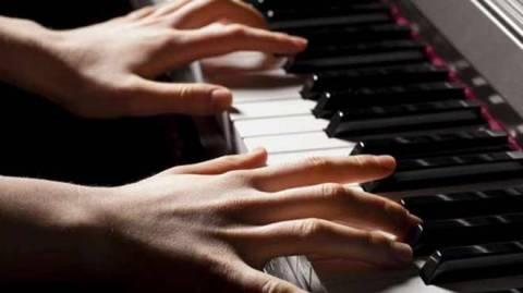 Αθωώθηκε η πιανίστρια που ενοχλούσε τους γείτονες