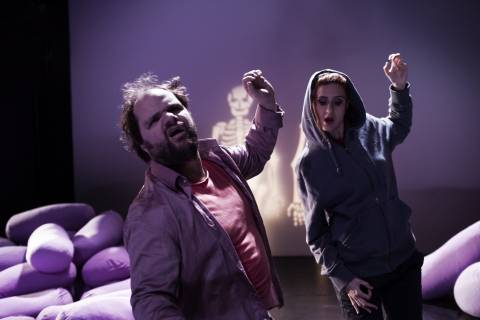 H «σύγχρονη σκηνή» στο Δημοτικό Θέατρο Πειραιά