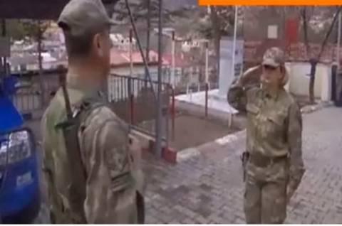 Η πρώτη Τουρκάλα διοικητής στρατιωτικής χωροφυλακής