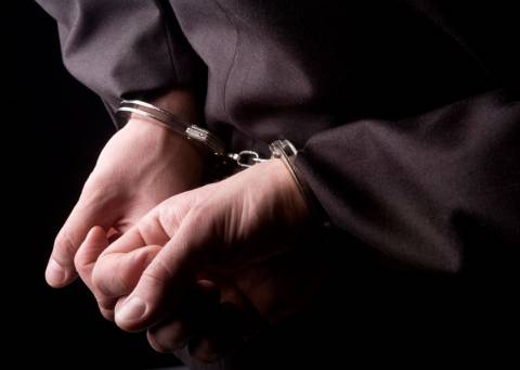 Τρίκαλα: Σύλληψη 42χρονου για χρέη προς το Δημόσιο