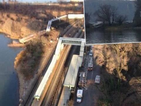 Βαγόνι έπεσε σε ποτάμι στη Νέα Υόρκη (pics)
