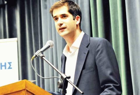 Τον Κώστα Μπακογιάννη «ρίχνει» η ΝΔ στη Στερεά Ελλάδα