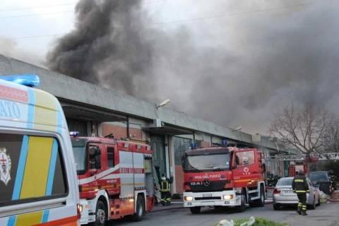 Στους επτά οι νεκροί από τη φωτιά στο εργοστάσιο του Πράτο