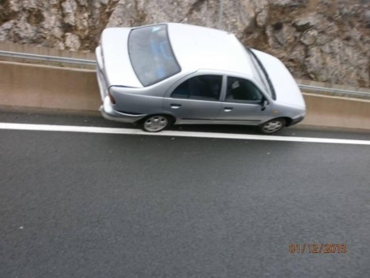 Απίστευτο τροχαίο στην Εγνατία: Δείτε που κατέληξε το αυτοκίνητο