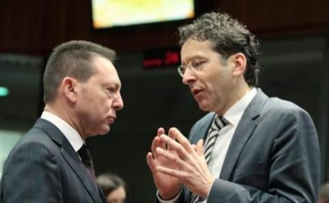 Βρυξέλλες: Δεν θέλουμε να βγάλουμε τους Έλληνες από τα σπίτια τους
