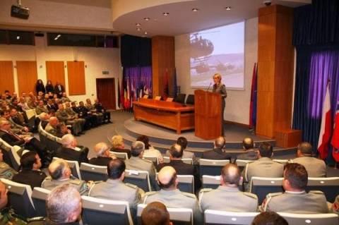 Οι Αλβανικές ένοπλες δυνάμεις γιορτάζουν 101 χρόνια!