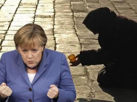 NYT: Ντόμινο στην ΕΕ από τις πολιτικές απορρύθμισης της Μέρκελ