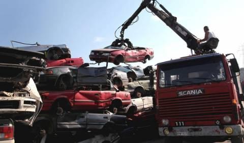 Μαυραγάνης: Εξετάζεται η παράταση της απόσυρσης οχημάτων
