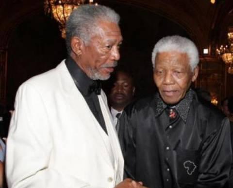 Αστέρες των τεχνών απέτισαν φόρο τιμής στη μνήμη του Νέλσον Μαντέλα
