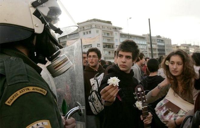 Πέντε χρόνια από τη δολοφονία του Αλέξη Γρηγορόπουλου (pics+vids)