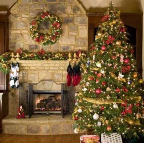 Φτιάξτε μαζί με το παιδί σας, στολίδια για το δέντρο, από ένα παλιό...