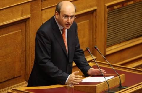 Χατζηδάκης: Θα προστατεύσουμε του αδυνάτους