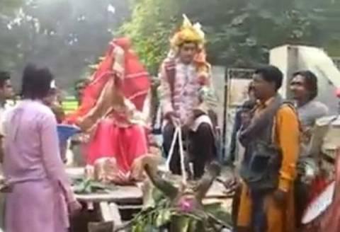 Είδε τη νύφη και το έβαλε στα πόδια ! (vid)