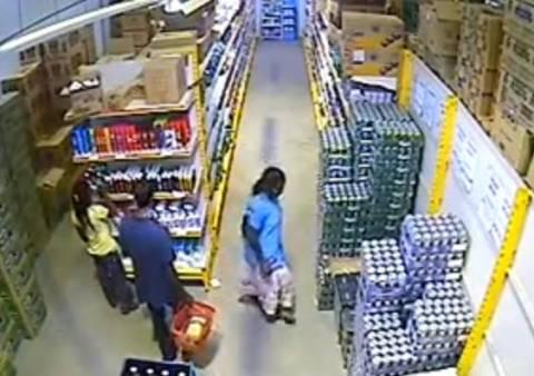 Δείτε πως έκλεψε μια ολόκληρη συσκευασία με μπύρες! (βίντεο)