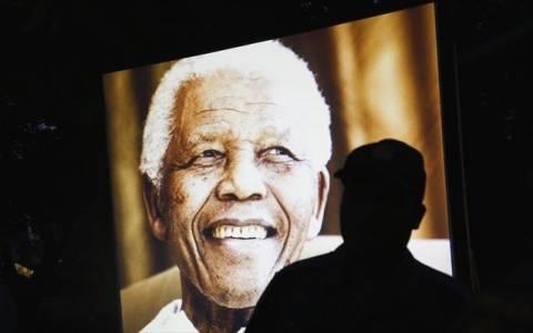 Eπιμνημόσυνη τελετή για τον Μαντέλα