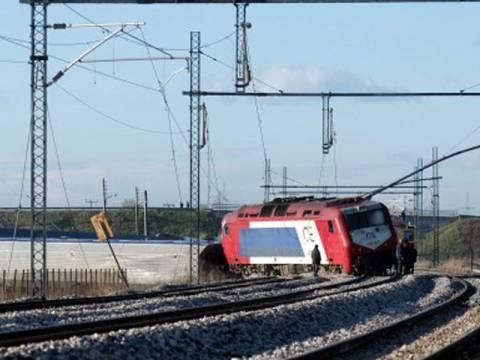 Εκτροχιασμός τρένου με 120 επιβάτες στη Φθιώτιδα