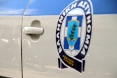 ΣΟΚ: Άνδρας αποπειράθηκε να αυτοκτονήσει με ξυραφάκια στην Ομόνοια