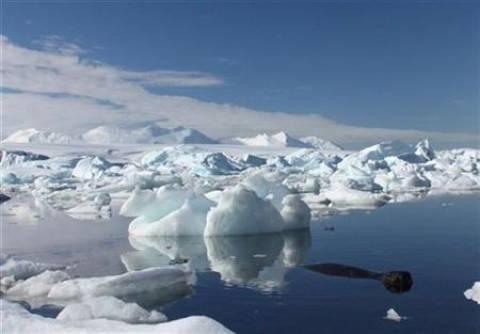 Επιταχύνεται ο ρυθμός με τον οποίο λιώνουν οι πάγοι στην Ανταρκτική