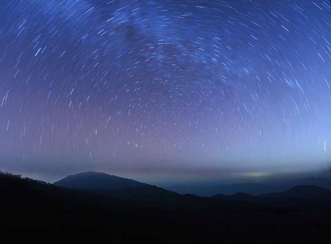 Βροχή αστεριών τα ξημερώματα Σαββάτου - Ορατή από την Ελλάδα