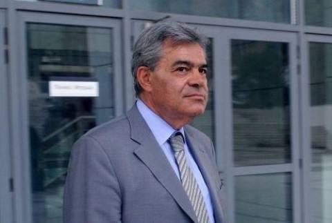 500.000 διεκδικεί το Δημόσιο από Μαντέλη- Με εντάσεις ξεκίνησε η δίκη