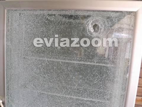 Ληστές με καλάσνικοφ πυροβόλησαν αστυνομικούς στην Αμάρυνθο (Pics+vid)