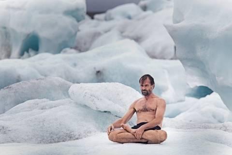 Ο άντρας που δεν αισθάνεται το κρύο